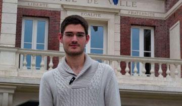 Французского депутата выгнали из партии за то, что он хвалил Коран