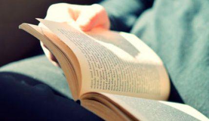 Прочитав Коран, он принял Ислам